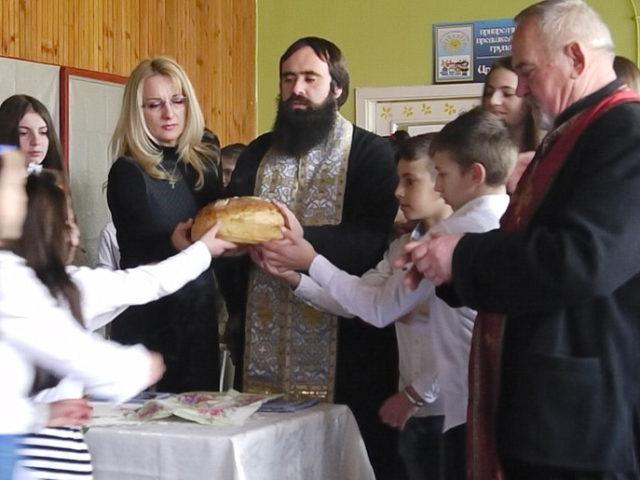 Mačvanska osnovna škola iz Crne Bare proslavila i ove godine školsku slavu, Svetog Savu