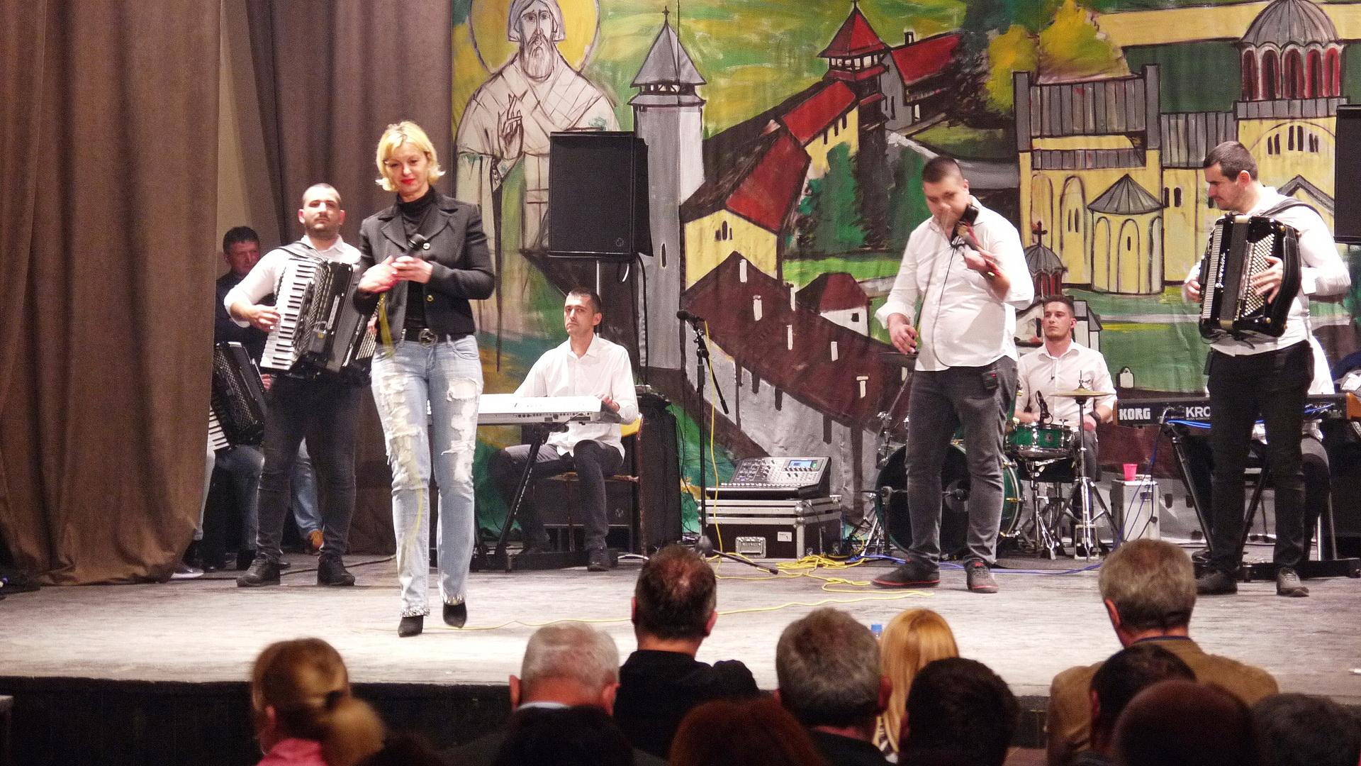 Muzički spektakl u Crnoj Bari – Koncert od 4 sata