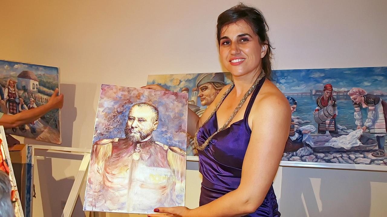 Šhrumfstatična izložba likovne  umetnice Olivere Lole Adžić u Crnoj Bari