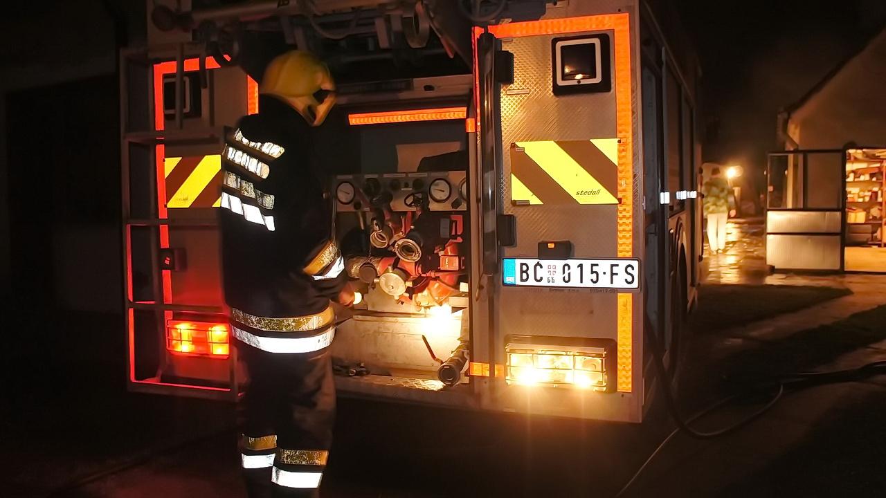 Požar u Crnoj Bari